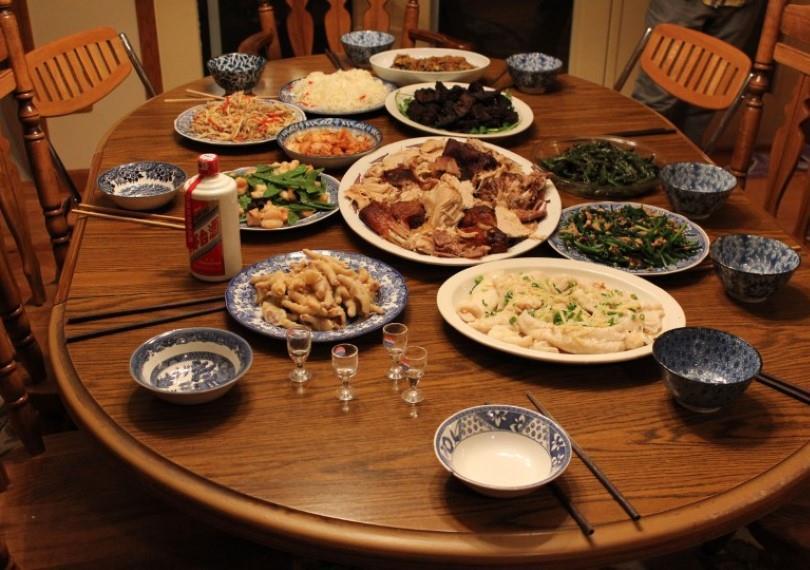 透過楊教授的獨家技術,團圓飯後的廚餘就可以被快速且有效的利用!(圖/Pxhere)