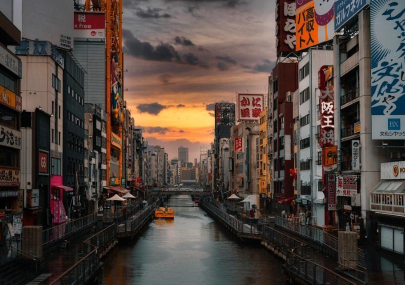 有不少國家也因地震所苦(如:日本、美國、澳大利亞)並各自發展出相關的建築政策,我們應該互相觀摩、參考並且因地制宜。(圖/Pixabay)