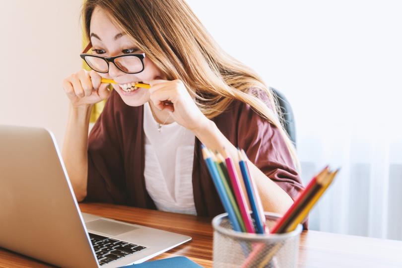 當大家都具備相同數學能力時,女同學卻比男同學更不傾向選擇理組。(圖/Pixabay)